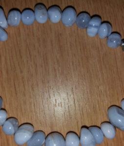 Sinine pitsahhaat 23 cm hõbedase kinnitusega